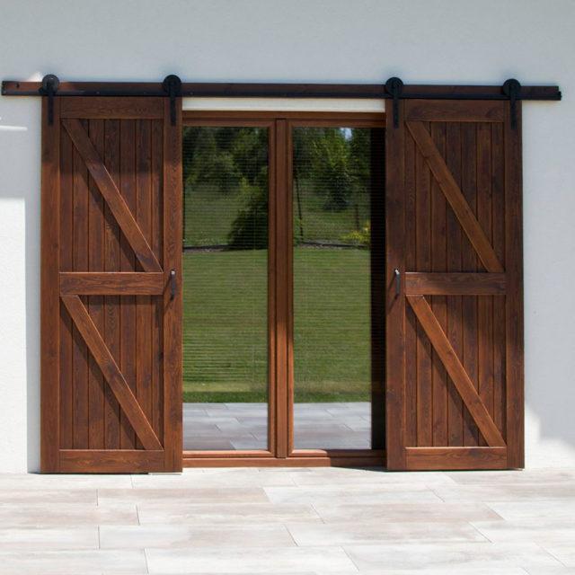 przesuwne-okiennice-dwuskrzydlowe